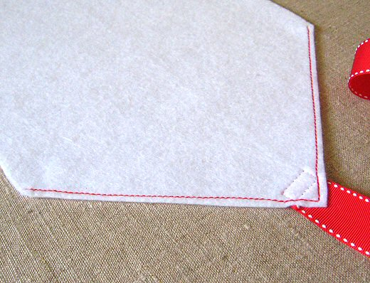 topstitching on felt envelope
