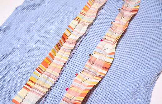 pin and stitch fabric trim