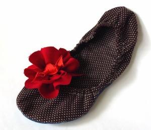 gigantic red wool flower for bedroom slippers