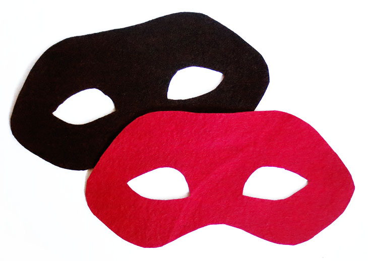 front and back of mask in red and black felt